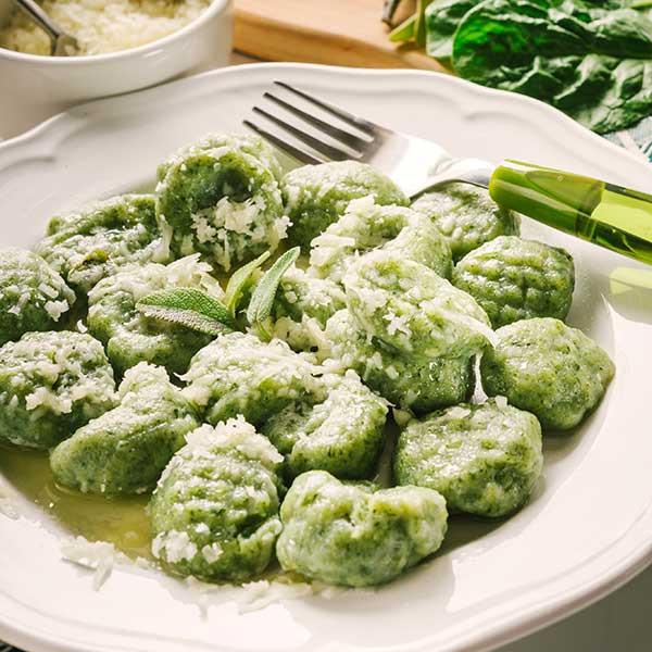 Gnocchetti di spinaci con ricotta di pecora e scoparolo